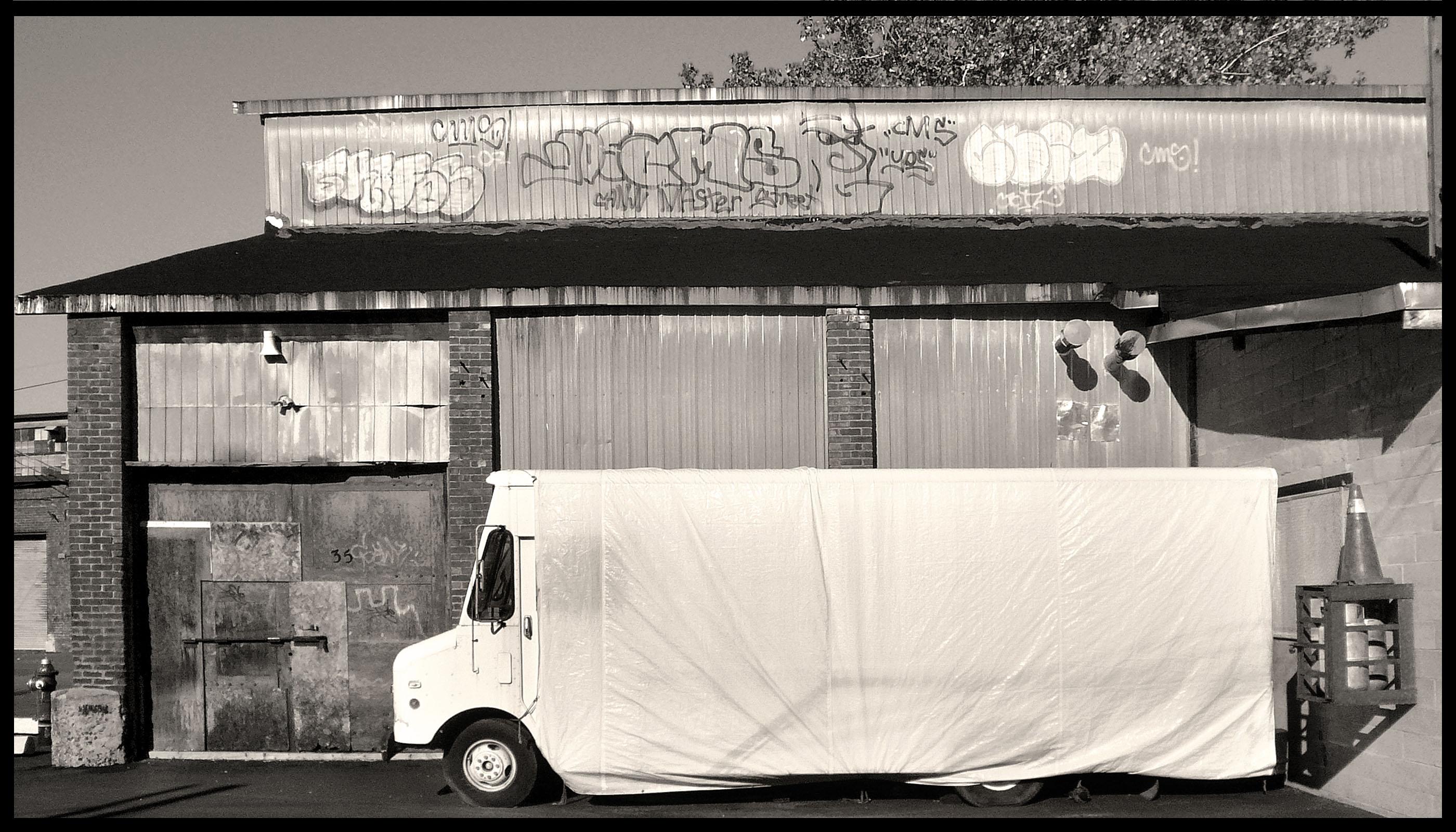 camion blanc 617