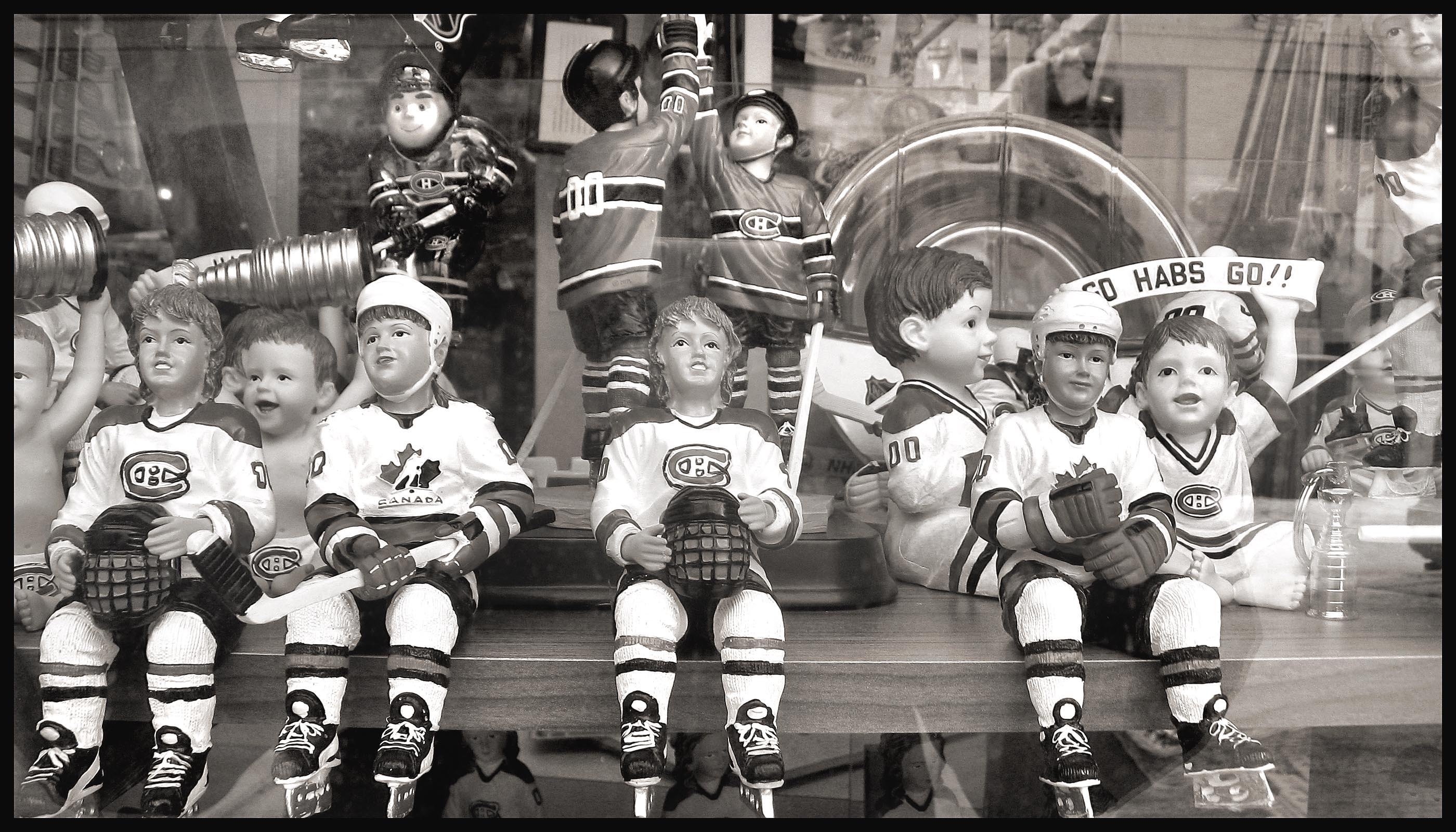figurines canadien